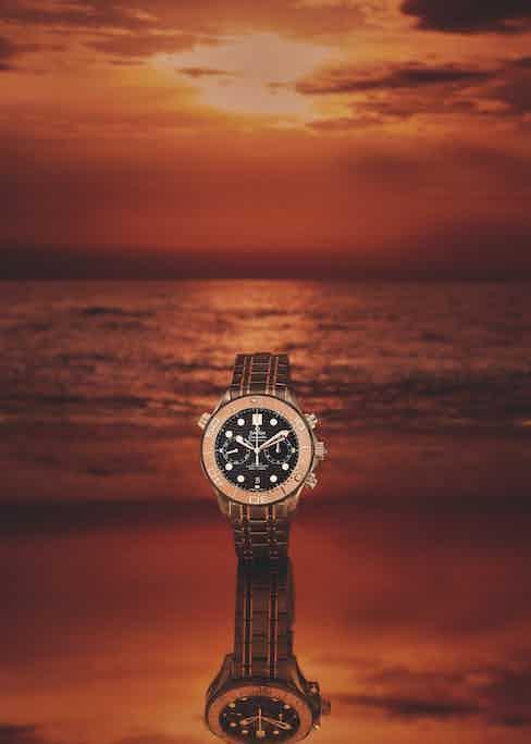 Diver 300M Co-axial Master Chronometer Chronograph 44mm Sedna™ gold on titanium Tantalum Sedna™ Gold, Omega