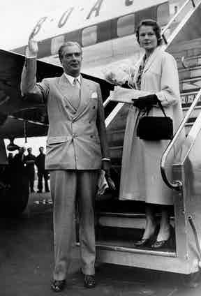 Prime Minister Anthony Eden and Clarissa at airport