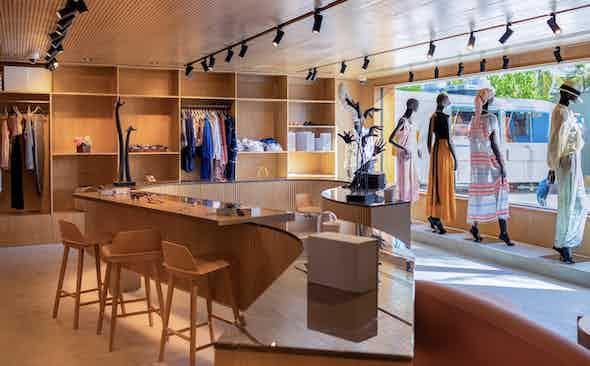 Mrs Rake Boutique: Fari Islands