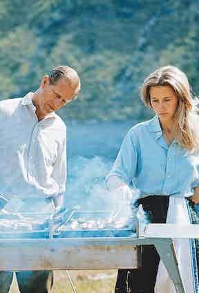 Barbecuing at Balmoral with Anne in 1972 (Photo by Lichfield Archive via Getty Images)
