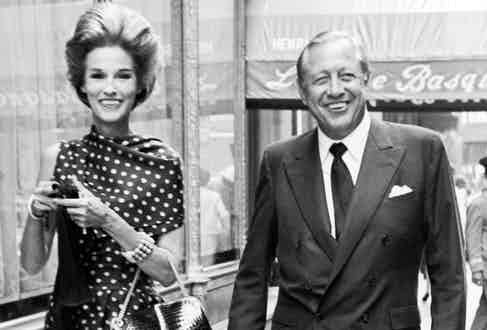 Bill and Babe Paley outside La Côte Basque in Manhattan (Image by © Condé Nast Archive/Corbis)