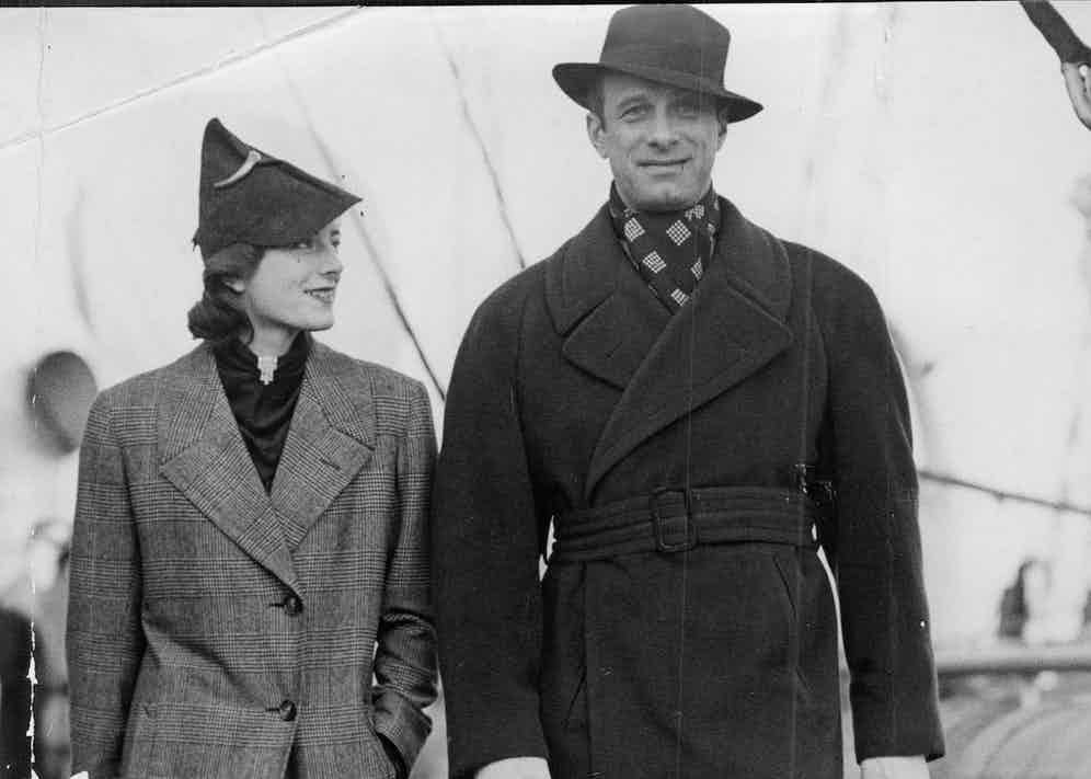 Vic Oliver with his wife, Sarah Churchill, in 1936 (Photo by ANL/REX/Shutterstock (2296990a)